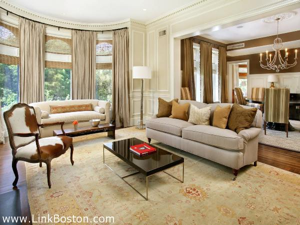 Burrage Mansion, Tom Brady sold unit at 314 commonwealth ave
